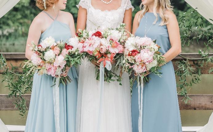 bride, maids flowers, birmingham wedding