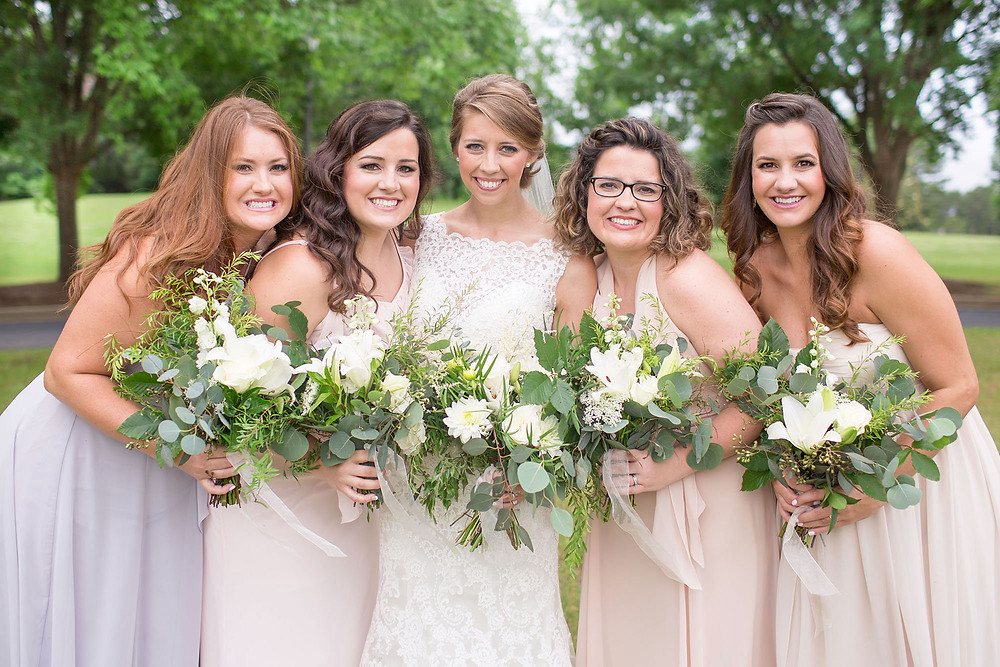 auburn bride and maids, bouquets, flowers