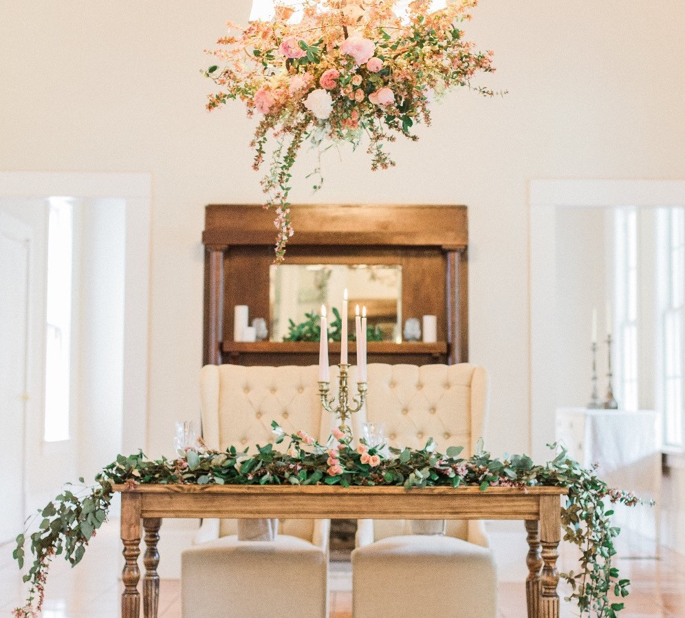 sweetheart table garland flowers