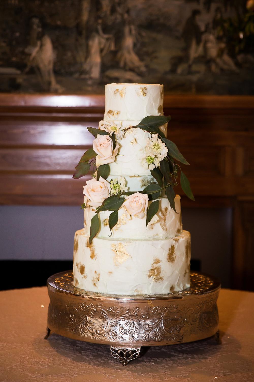 auburn wedding planner cake flowers