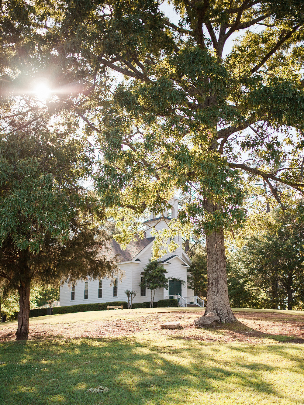 lake martin chapel wedding coordination