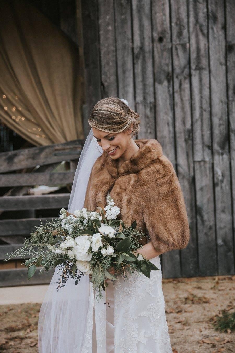 wedding planner bride flowers