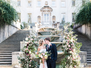 Beautiful editorial at Historic Swan House from Heather Cook Photography with Heather Benge Events ,