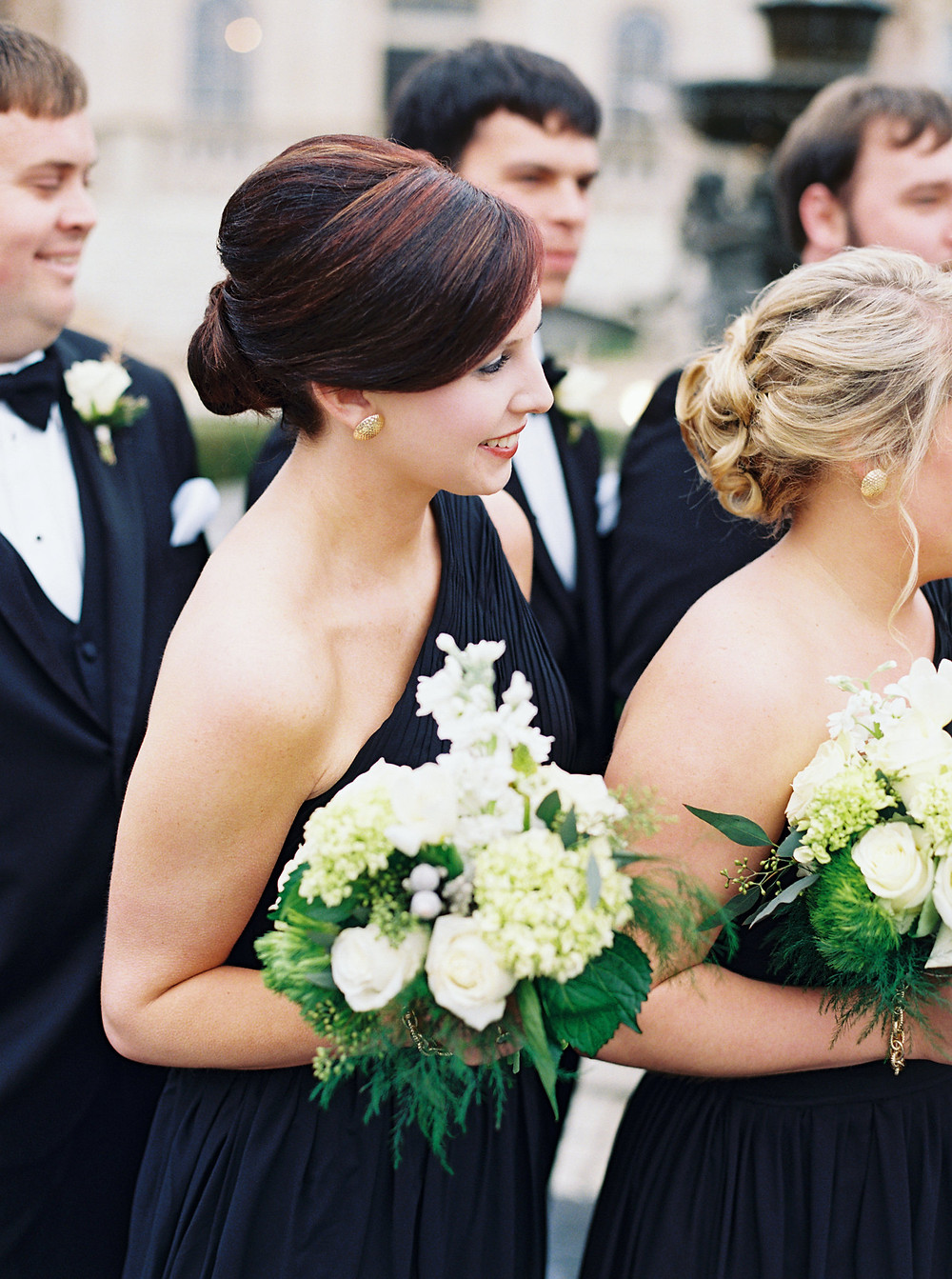 classic flowers wedding coordinator