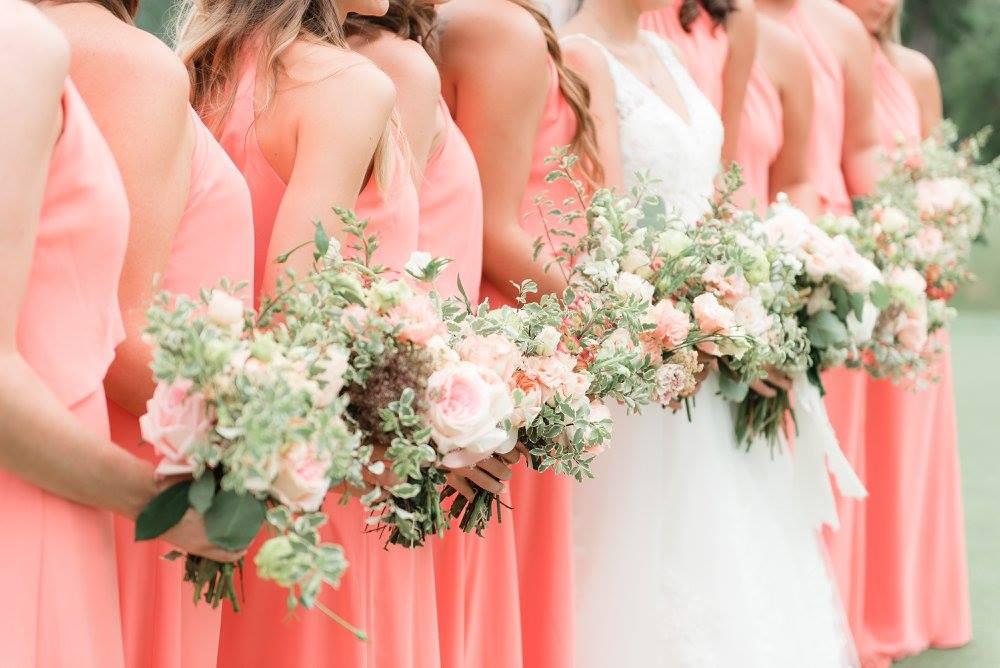 wedding flowers coordinator bride