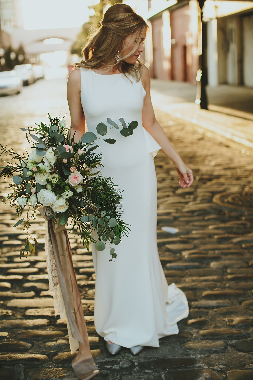 alabama wedding florist bride garden style bouquet