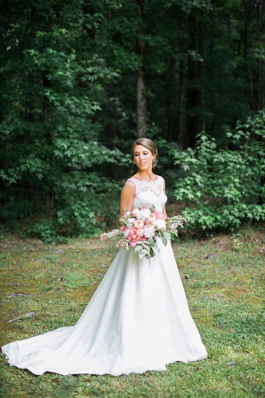 wedding florist ga coordinator bride