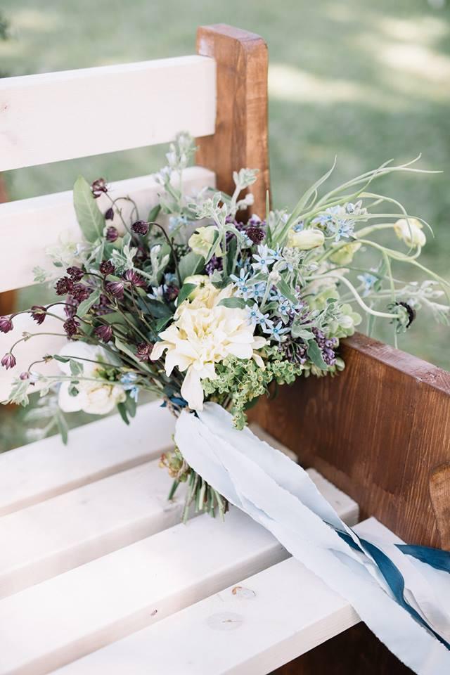 auburn brides bouquet