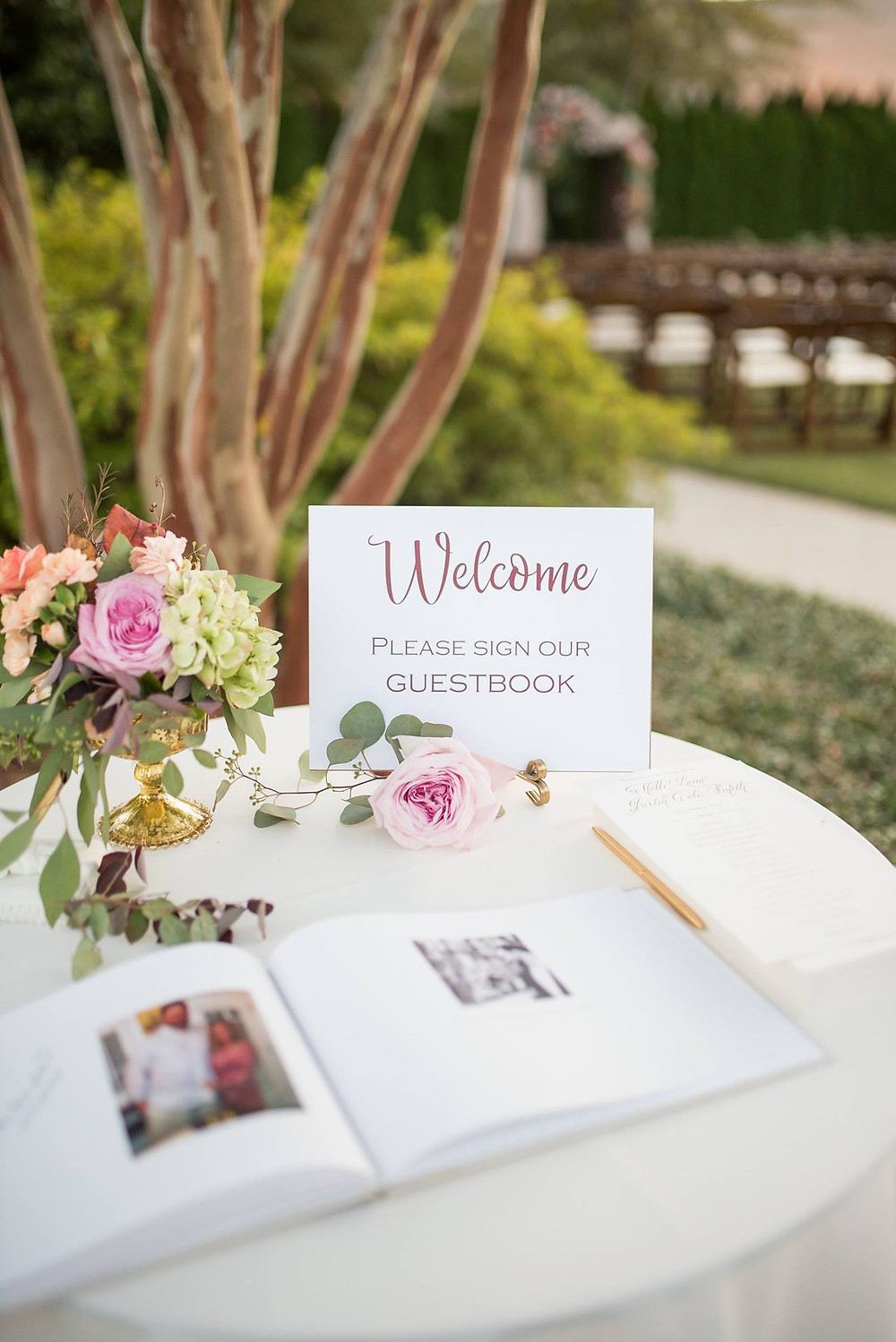 auburn wedding planner welcome table