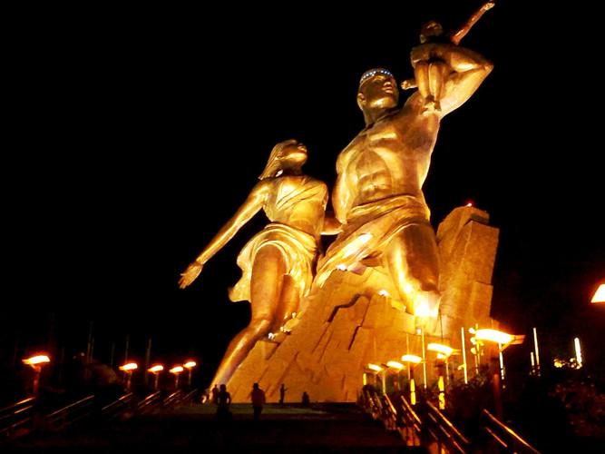 monument_de_la_renaissance.jpg