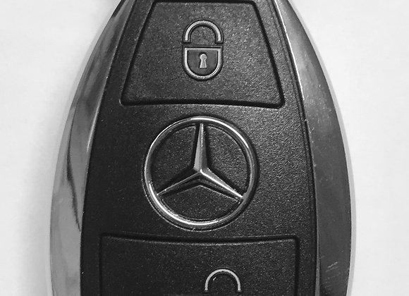 Mercedes, 2-х кнопочный. 433 MHz.