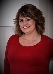 Melissa Lyerly(Owner/Stylist)