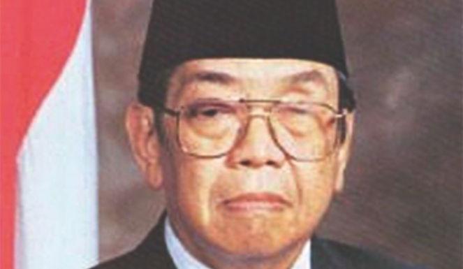 Klärte der eheamlige  Präsident Idonesiens,  Abdurrahman Wahid, im   Interview mit der israelischen Tageszeitung Haaretz am 7. Juli 2004 auf.
