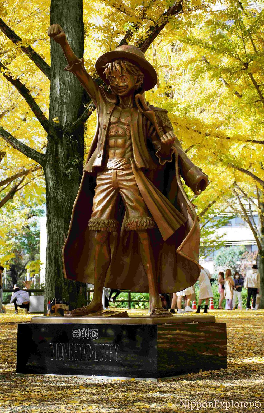 Luffy one piece statue japon kumamoto