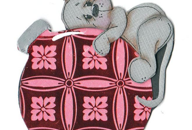 #582 Mouse's Favorite Ornament