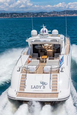M/Y Lady B running