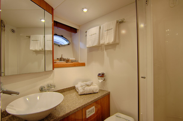 Sunseeker_Luciano_VIP_Bathroom