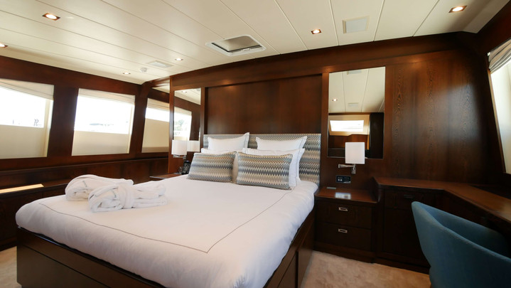 VIP on Main deck