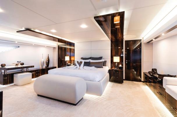 M/Y Gems II_Master Bedroom