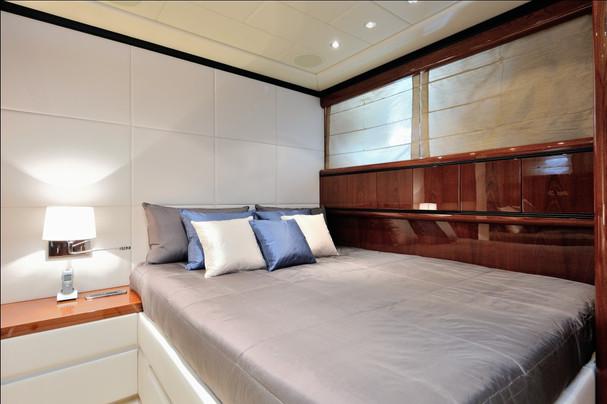 VIP_2 Bedroom
