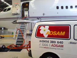 aircraft-cleaning
