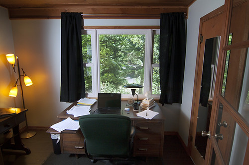 Muse 1 writing room