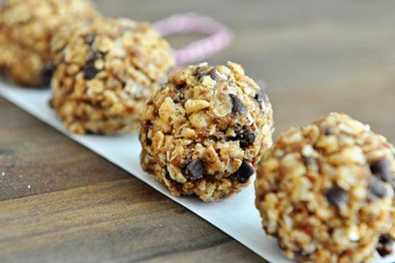 No-Bake-Healthy-Granola-Bites-by-Melanie