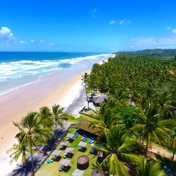 Restaurante e Praia do Itacarezinho