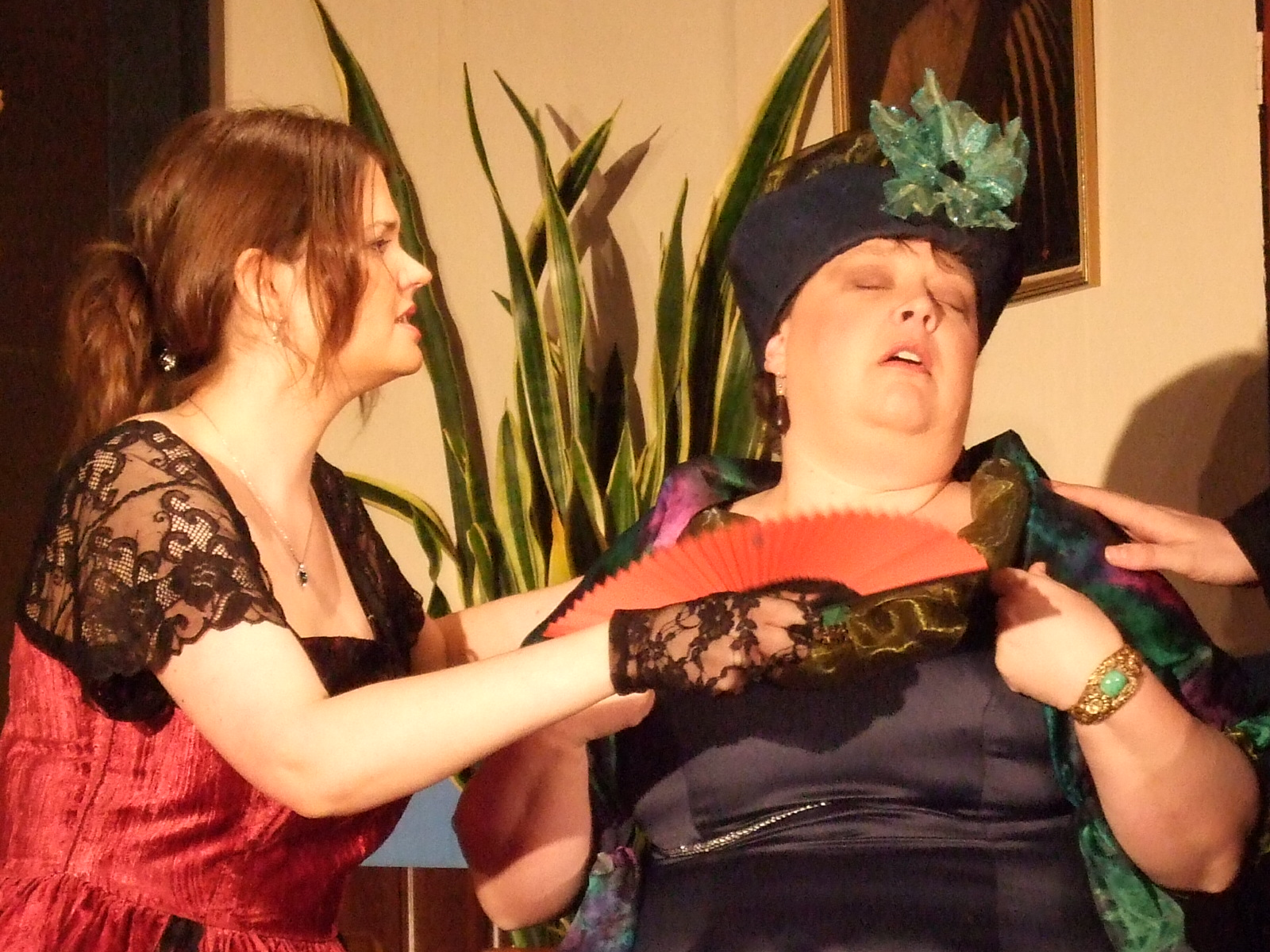 Catherine & Elizabeth (2) - 14.2.10
