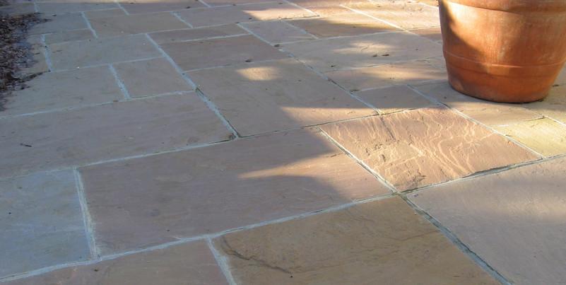 indian-raj-green-sandstone-pavingjpg