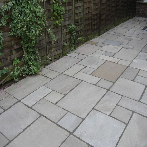 Tumbled Light Grey Indian Sandstone
