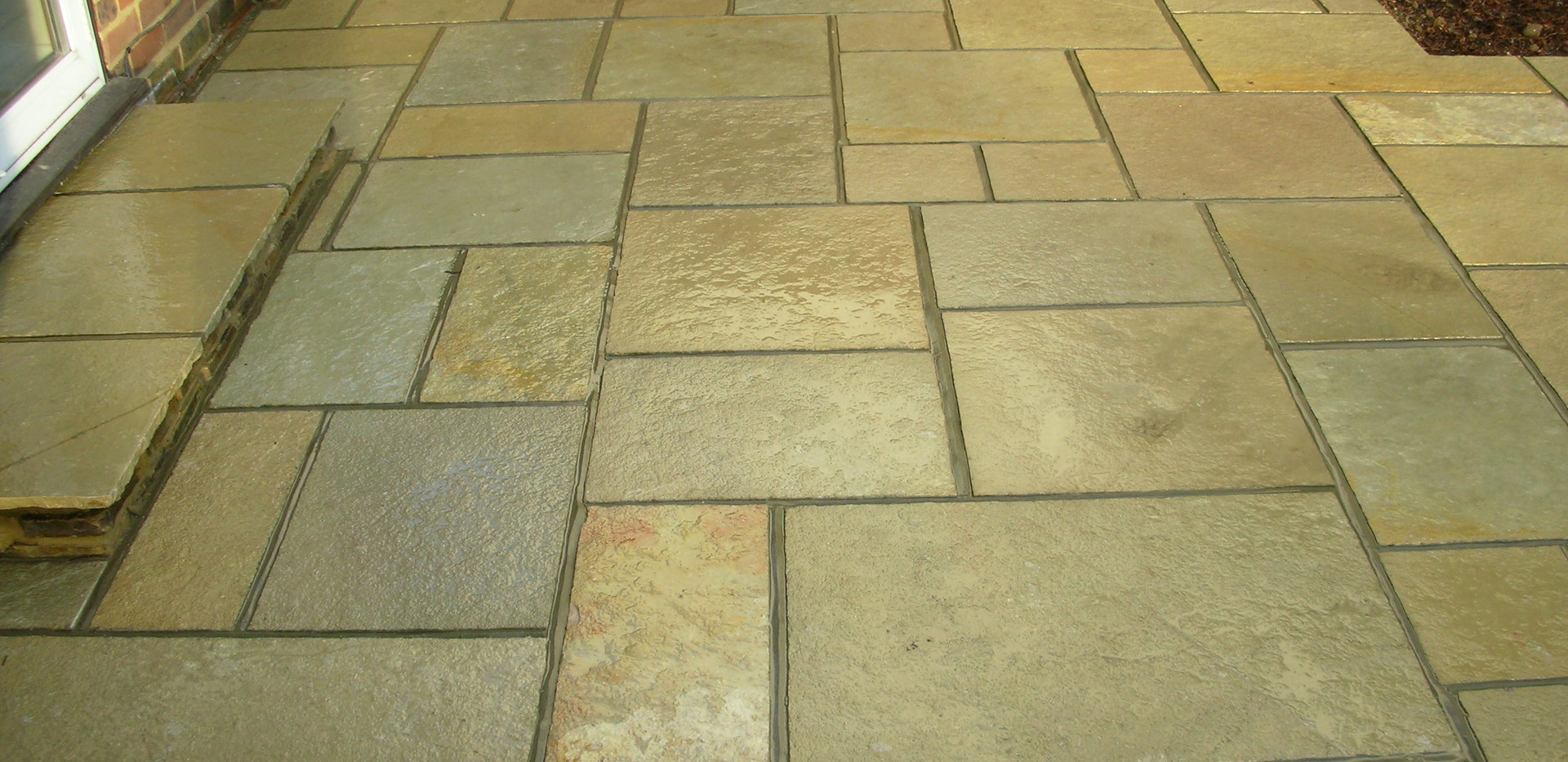 Thai Yellow Natural Stone Paving