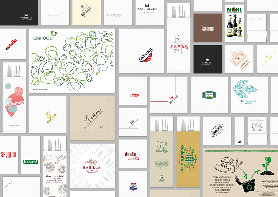 Collage tovaglioli, tovagliette e buste portaposate personalizzati