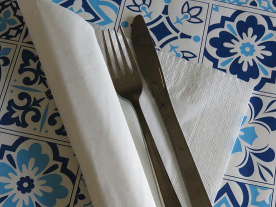 Tovaglietta Azulejos blu con tovagliolo in ovatta
