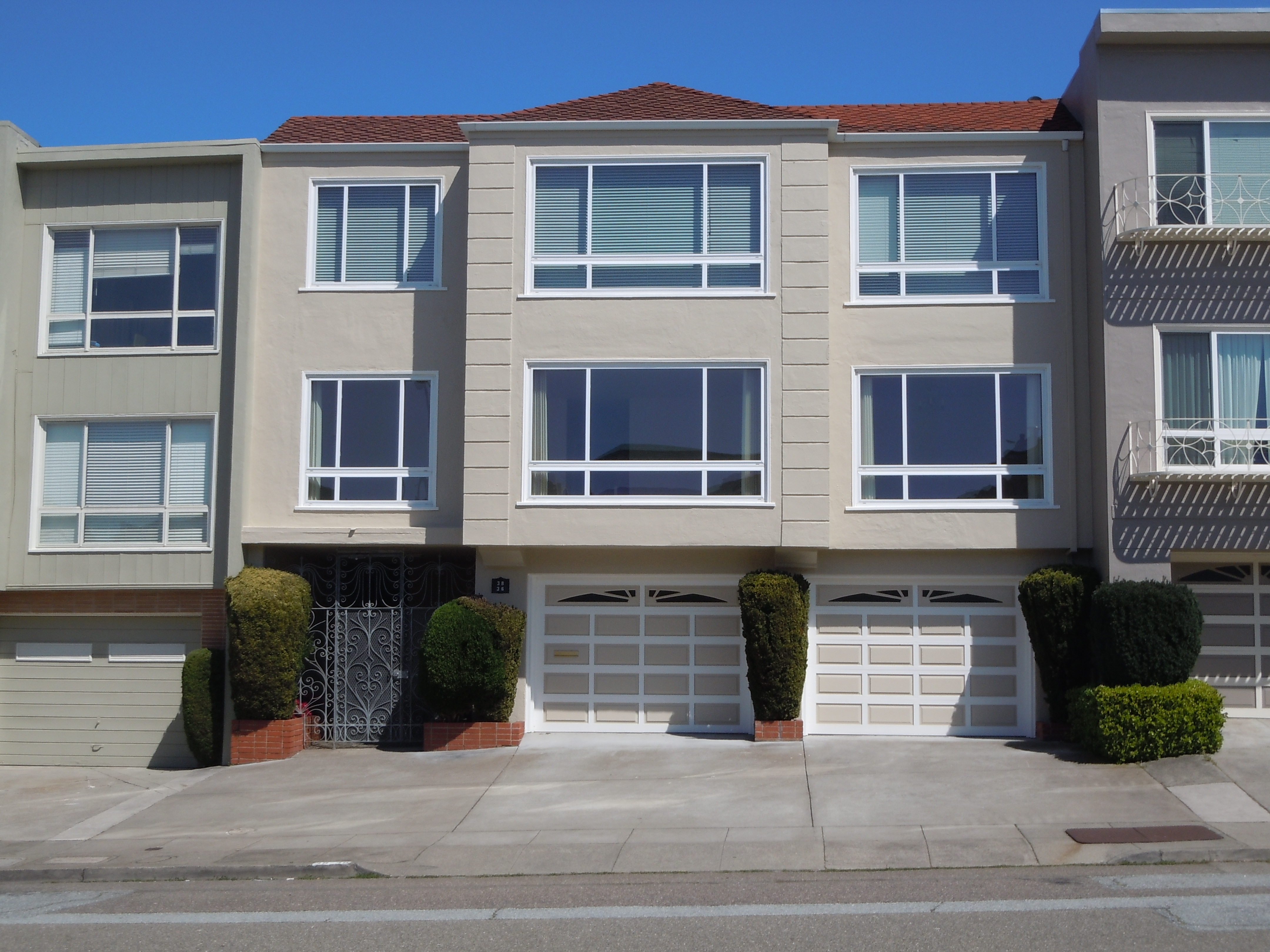 2 Units | Laurel Village