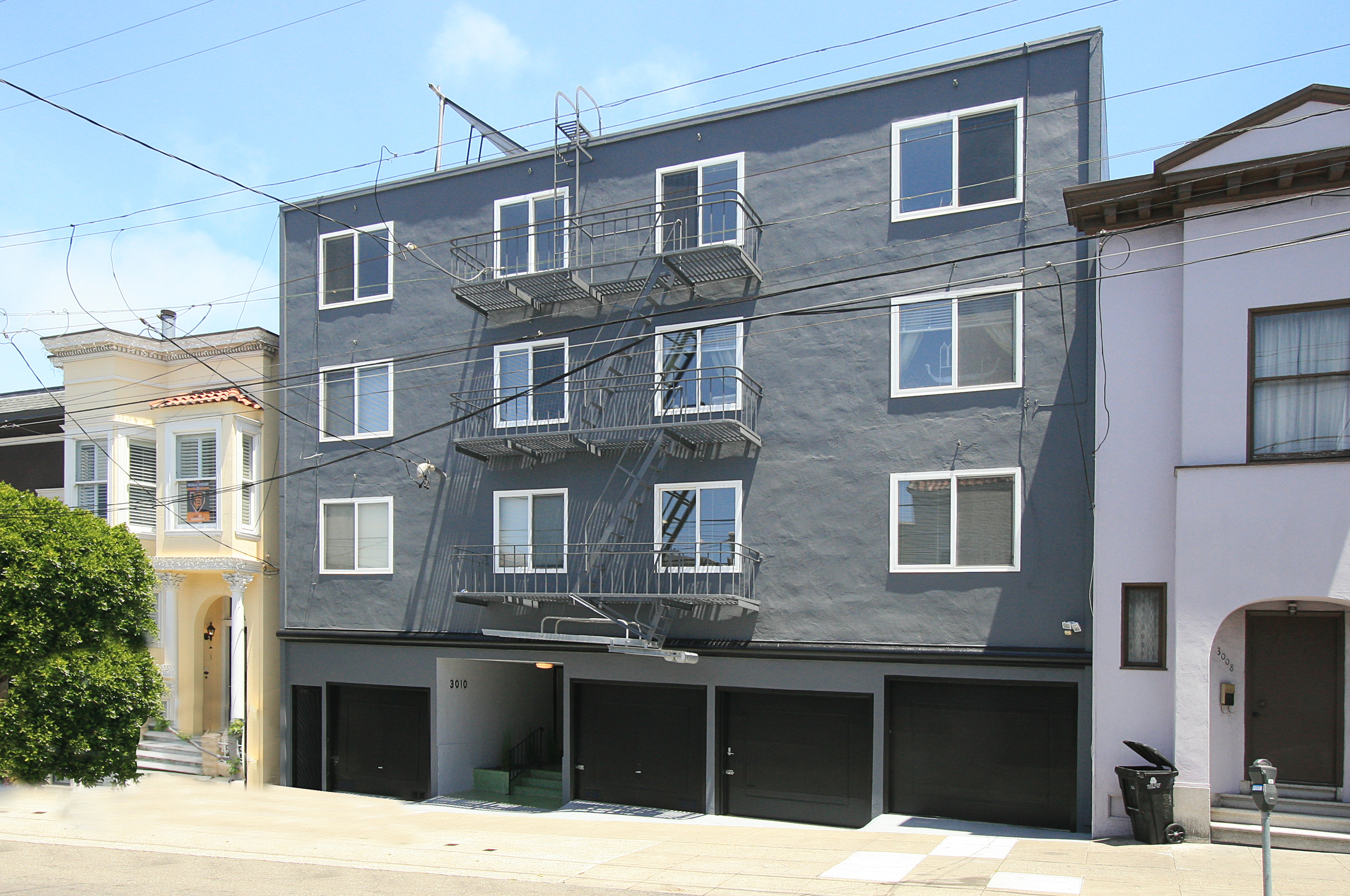 12 Units | Cow Hollow