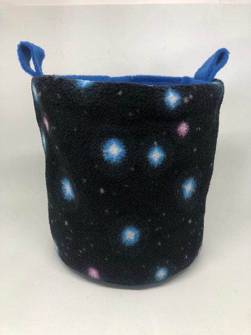 Nido con base redonda estrellas