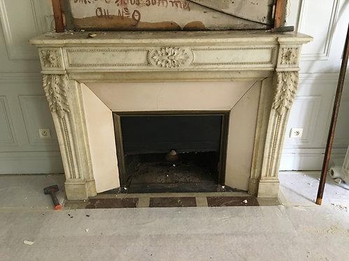 Grande Cheminée ancienne de style LOUIS XVI en marbre blanc