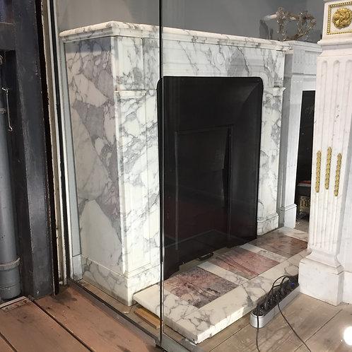 Petite Cheminée ancienne de style NAPOLEON III en marbre arabescato.