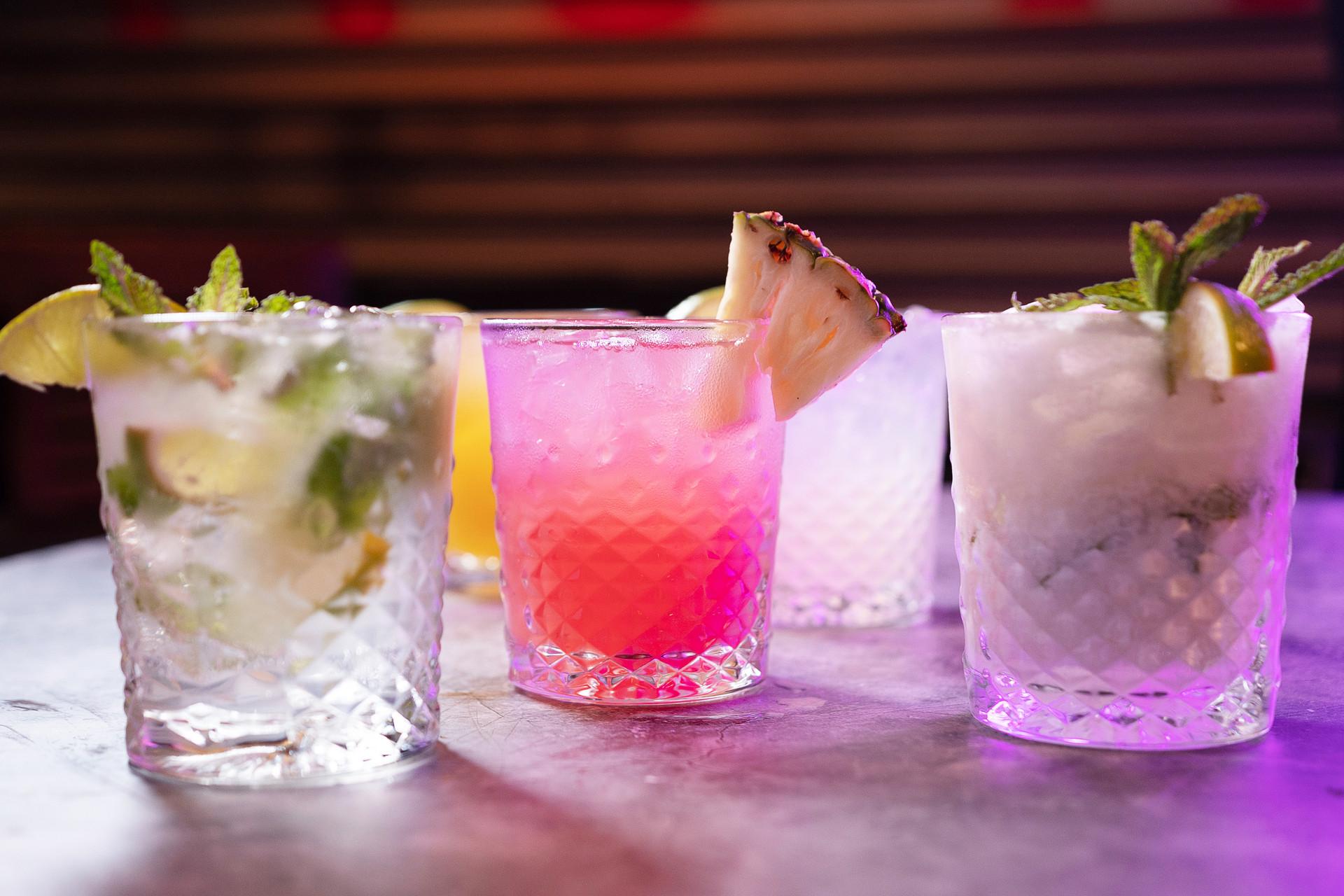 Mesita_Cocktail_3.jpg