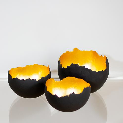 Coquilles d'oeuf noir (3 pièces) * Sonia Macabeo