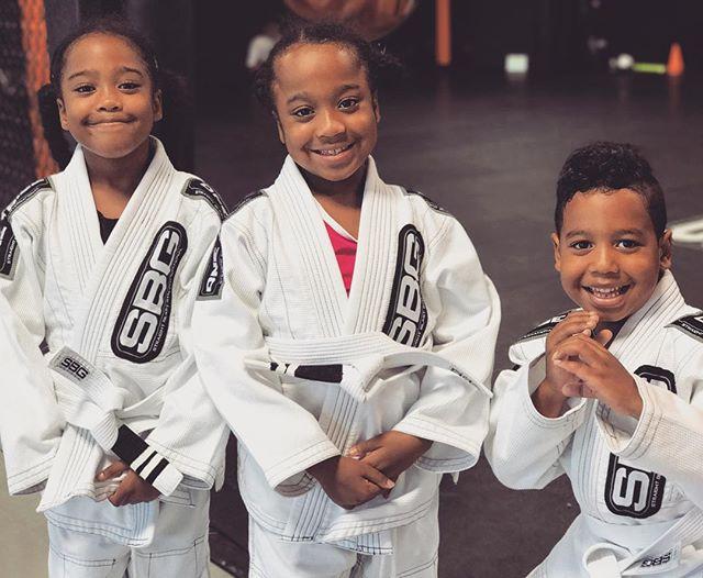 Kids practicing Brazilian Jiu-Jitsu