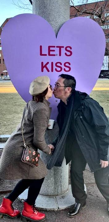 VAL 2020 lets kiss 2 17.jpg
