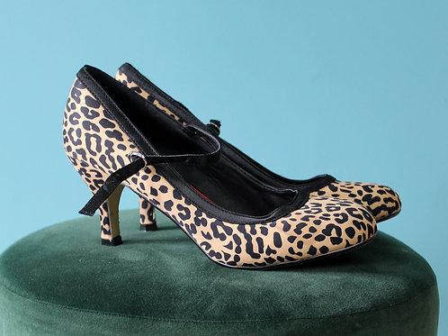 Lindy Bop - buty szpilki w panterkę jak lata pięćdziesiąte