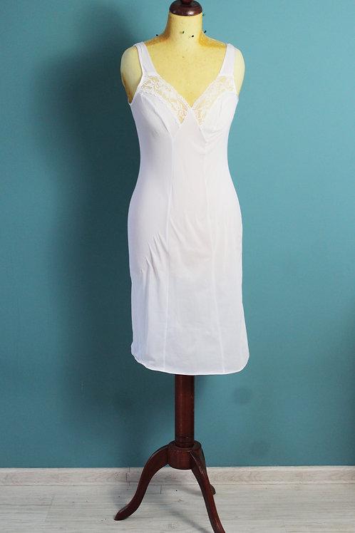 Halka na szerokich ramiączkach niepołyskliwa pod sukienkę koronkowe aplikacje