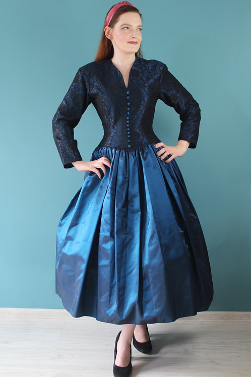 Lata osiemdziesiąte jak pięćdziesiąte - bawlowa granatowa sukienka acetat