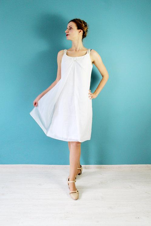 Lata sześćdziesiąte - szyfonowa suknia ślubna ze złotymi elementami