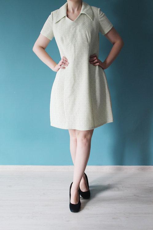 Lata sześćdziesiąte -biało-miętowa mod dress kwiatki