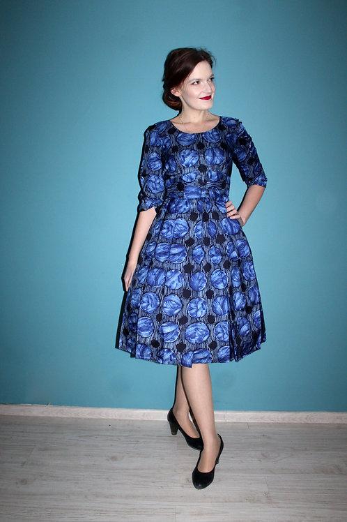 Lata pięćdziesiąte/sześćdziesiąte - błękitna sukienka w kule i pasy acetatowa