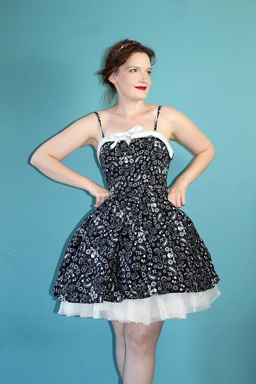 Hell Bunny - krótka czarna sukienka serduszka czaszki